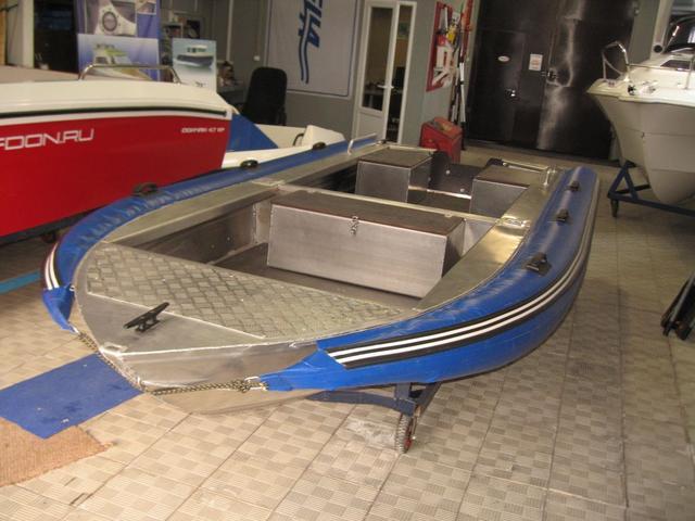 купить алюминиевую лодку кейс