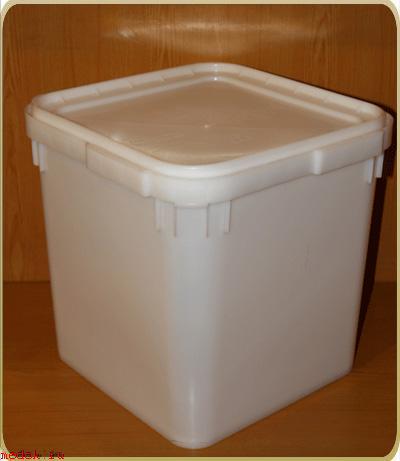 Пластик контейнеры для меда 29