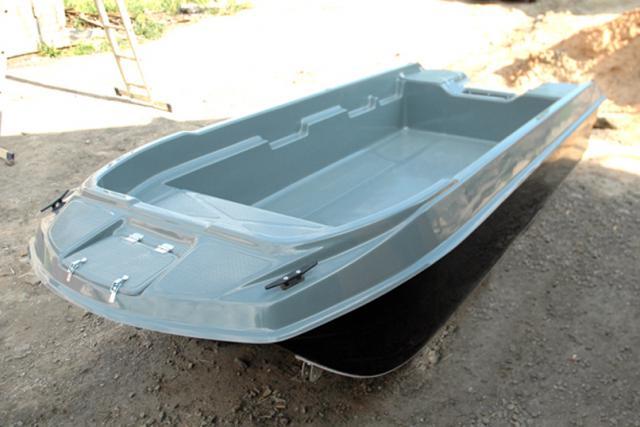 пластиковая лодка морские сани уффа фокса